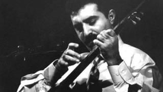 Erdal Erzincan – Medet şarkısı dinle
