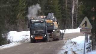 getlinkyoutube.com-Volvo FH16 700 8x4 & Volvo EC460CL