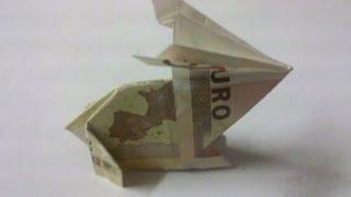 getlinkyoutube.com-Hase aus Geldschein falten - Origami - Geldgeschenk!