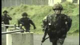 getlinkyoutube.com-AIRBORNE! British Paras 1969 to 1982: Northern Ireland, Falklands Part 2/2