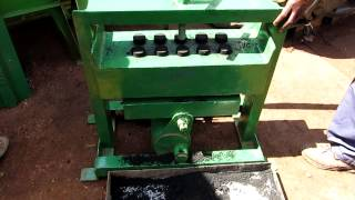 getlinkyoutube.com-Manual charcoal briquette maker - 10 at a time with a lever