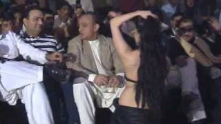getlinkyoutube.com-Mujra in VIP Style (PART 1)