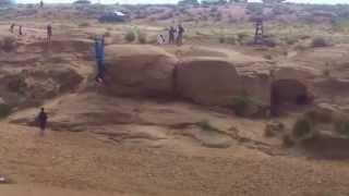 getlinkyoutube.com-chute de plus de 7 mètres d'altitudes  وعدة (سيدي ناصر) . الأغواط. 2015