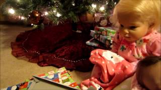 getlinkyoutube.com-Christmas Morning with the babies! Opening their presents! (Reborn Babies)