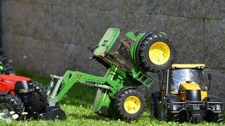 getlinkyoutube.com-JCB FASTRAC  Tractor Bruder Toys traktor ciągnik tracteur трактор traktori,