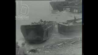 getlinkyoutube.com-D-day: Allied troops storm the beaches of Normandy, Casualties on Omaha beach, 6th June 1944