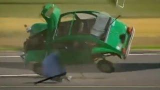 getlinkyoutube.com-Car vs Boeing 747 Engine - Top Gear - BBC