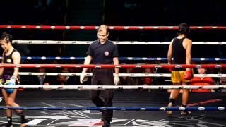 getlinkyoutube.com-曾慧英 (剛嵐) VS 鐘杏珠 (富德) -- 2011香港泰拳冠軍爭奪戰總決賽