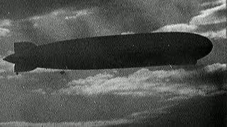 getlinkyoutube.com-Graf Zeppelin in peril in 1929