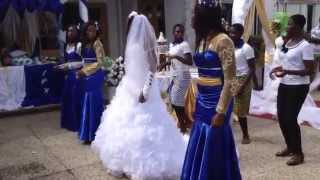 getlinkyoutube.com-Ghanaian couple dance to Okyeame Kwame; faithful