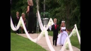 getlinkyoutube.com-Beautiful wedding entrance!