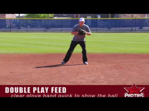 Fielding Tips: Feeding 2nd Base with Chris Getz