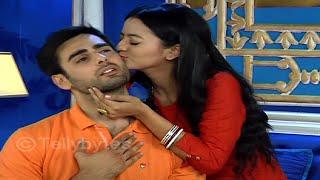 getlinkyoutube.com-Swara KISSES  Sanskar | SwaSan romance in Swaragini..