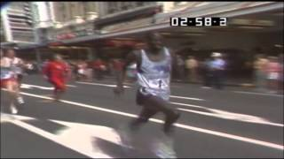 getlinkyoutube.com-World's Fastest Mile Ever By A Human!  Queen Street Auckland.