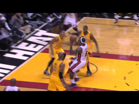 LeBron James Throws Unreal One-Handed Cross-Court Pass