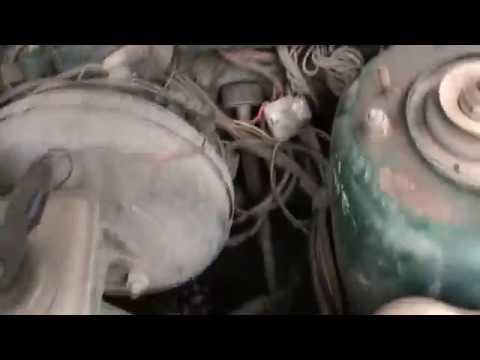 Где в Тайота Гранвия находится датчик износа тормозных колодок