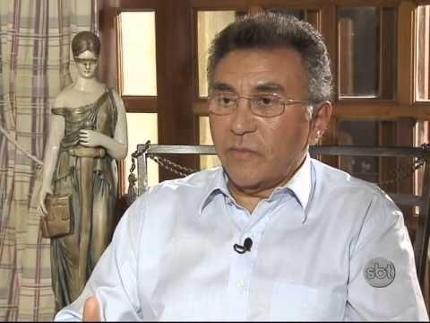 Roberto Cabrini mostra a vida do juiz mais ameaçado do Brasil