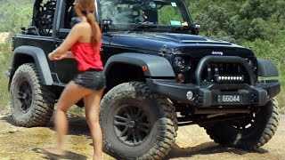 Jeep Wrangler JK on 37 inch tyres 3 inch lift offroading 4x4