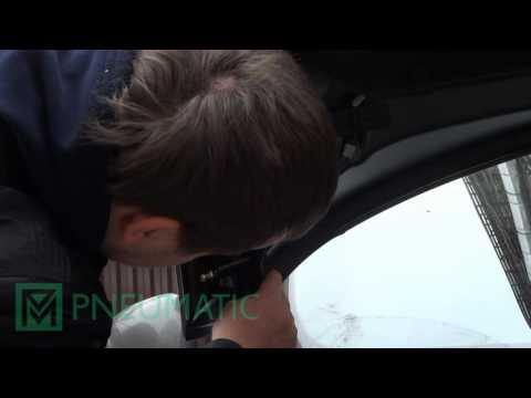 Установка амортизаторов (упоров) капота Peugeot 408 (арт. KU-PG-4080-00) от upory.ru
