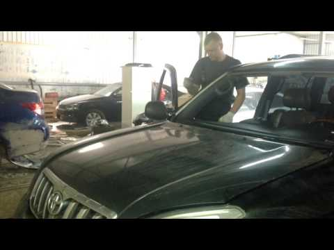 Замена лобового стекла на toyota Prado 120