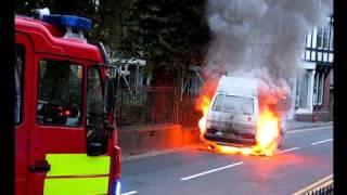 getlinkyoutube.com-Campervan on Fire in Machynlleth