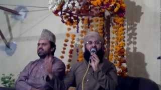 Alhaaj Muhammad Sajid Qadri reciting naat in front of Syed Zabeeb Masood.Kyun kar na mere dil me ho