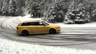 getlinkyoutube.com-Audi RS4 Snow Drift