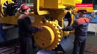 getlinkyoutube.com-Russian bulldozer manufacturer making the grade