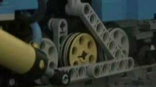 getlinkyoutube.com-Lego Pnuematic Locomotive - LNER A4 Mallard