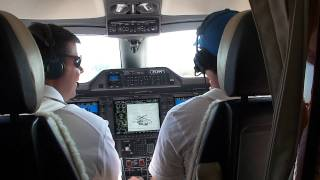getlinkyoutube.com-Phenom 300 taxi and takeoff from Montgomery Field