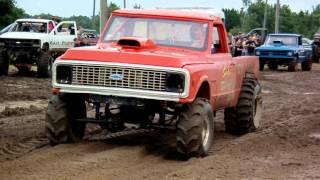 getlinkyoutube.com-Heavy Hitters Mud Racing Series 4