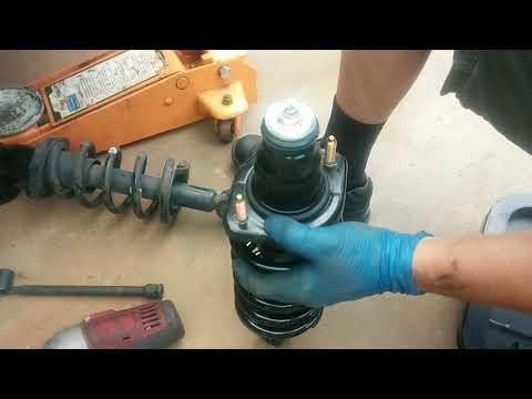 Honda CRV Rear Suspension Strut/Shock Replacement -