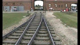 getlinkyoutube.com-campi di sterminio Auschwitz e Birkenau