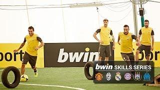 getlinkyoutube.com-Tévez shows off skills in Juventus obstacle course challenge
