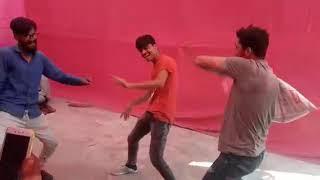 My friends funny dance on gadi wala aaya ghar se kachra nikal width=