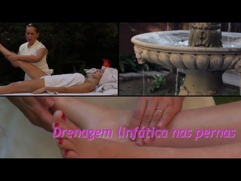 Drenagem linfática: massagem nas pernas acaba com inchaço