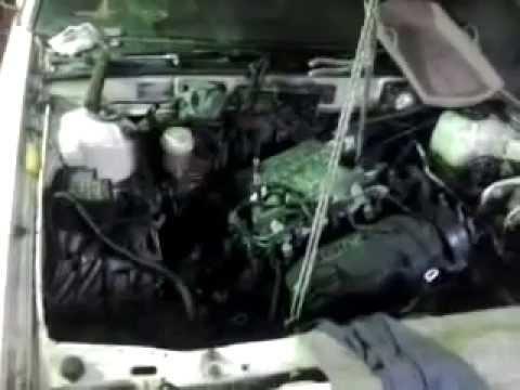 Расположение в Dodge Стелс сальника двигателя