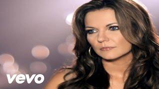 getlinkyoutube.com-Martina McBride - I'm Gonna Love You Through It