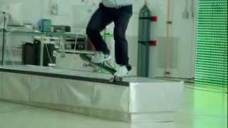 getlinkyoutube.com-Nike SB  Eric Koston - Mr. Control