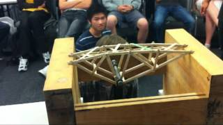 getlinkyoutube.com-Record Truss Bridge 2012 - University of Auckland Engineering