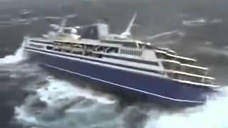 getlinkyoutube.com-kapal supplier solar industri Hancur di tengah laut tertangkap kamera