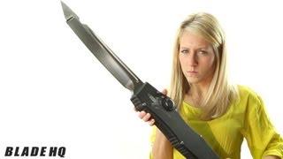 getlinkyoutube.com-Microtech Giant Halo 3X-- Huge Knife