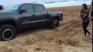 getlinkyoutube.com-2016 Toyota Tacoma Crawl Control Demo In Soft Hawaii Sand