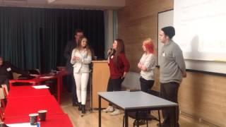 Eleverna sammanfattar samtalet mellan ungdomar och politiker