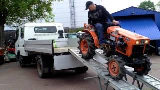 getlinkyoutube.com-Kubota  B 6001 D  4x4 mini traktorek ogrodniczy. www.traktorki-japonskie.waw.pl