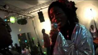 getlinkyoutube.com-Alice Ali ft Marie Misamu- Oza wapi