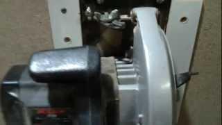 getlinkyoutube.com-Serra Esquadrejadeira Caseira (homemade sliding table saw)