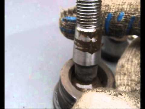Как определить стук в шаровой опоре