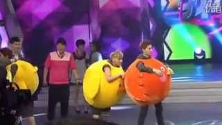 "getlinkyoutube.com-[Fancam] 130604 Happy Camp Recording - EXO ""Angry Bird vs Chickens"" game"