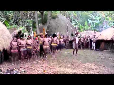 Welcome dance Wamena   Papua   Indonesia   Jali Tribe xvid